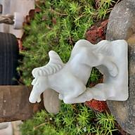 Tượng ngựa tuổi Ngọ phong thủy 12 con giáp đá trắng xanh 12cm - đá Non Nước thumbnail