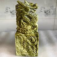 Ấn rồng ngọc serpentine xanh lá (ngọc việt nam cao) cao 23 cm nặng 3.2 kg cho công danh vững bước. Cao23xNang3.3kg thumbnail