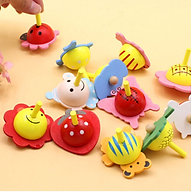 [1 sản phẩm] Con quay trẻ em nhiều hình độc đáo - Chất liệu gỗ an toàn thân thiện cho bé - Giao màu ngẫu nhiên thumbnail