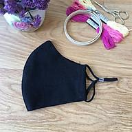 Khẩu trang thêu tay vải linen (Hand Embroidery Mask) berry - Màu Đen thumbnail