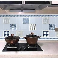 Cuộn 3 Mét Decal Giấy Dán Bếp Tráng Nhôm Cách Nhiệt Ô Vuông (3 Mét Dài x 0.6 Mét Rộng) thumbnail