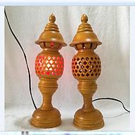 Đèn thờ điện - bộ đôi đèn thờ gỗ hương phun sơn vàng cao 41cm thumbnail
