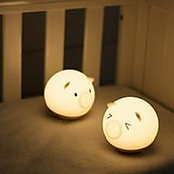 Đèn ngủ silicon cảm ứng hình chú lợn ngộ nghĩnh cho bé yêu ( Tặng kèm 03 móc dán 3D chịu lực ngẫu nhiên ) thumbnail