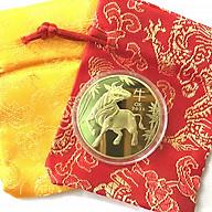 Xu lưu niệm của Úc hình con Trâu màu Vàng tặng kèm túi gấm, vật phẩm phong thủy cầu may mắn, sung túc, dùng trưng bày bàn sách, mang theo trong túi, làm quà tặng, tiền lì xì - SP005028 thumbnail