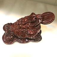 Thiềm thừ phong thủy, cóc phong thủy đá đỏ tự nhiên của Việt Nam cho người mệnh Thổ và Hỏa nặng 2.8 đến 3.5 kg có đồng xu ngậm miệng. Cao15xR15Xnang3kg thumbnail