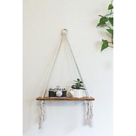 Kệ gỗ Thông treo tường bằng dây thừng cotton xoắn kết hợp với vòng gỗ tròn độc đáo. Kt 30 10 1,5 cm, màu nâu sơn phủ Inchem Mỹ thumbnail
