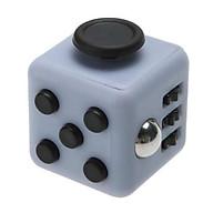 Fidget Cube - Dụng Cụ Giúp Tập Trung Kỳ Diệu Trong Công Việc màu ngẫu nhiên thumbnail