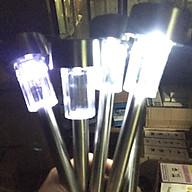 5 Đèn sân vườn năng lượng mặt trời tự động chất liệu INOX thumbnail