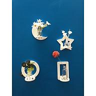 Kệ trang trí treo tường hình trăng sao - bộ 4 chiếc ( 20cm x 20cm x 0.9cm) thumbnail