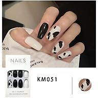 Bộ 24 móng tay giả đẹp (KM051) tặng kèm thun lò xo cột tóc màu đen tiện lợi thumbnail