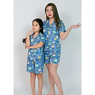Pijama mẹ và bé áo cộc quần đùi màu xanh hình khu vườn thumbnail