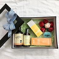 Quà tặng cho mẹ bầu & sau sinh - Combo chăm sóc sức khỏe và cơ thể toàn diện cho mẹ bầu và sau sinh hoàn toàn thiên nhiên từ COCAYHOALA - Giữ ấm, Sạch Khuẩn, Phòng cảm cúm thumbnail