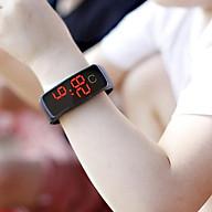 COMBO 02 đồng hồ đeo tay thời trang cho trẻ em kĩ thật số, sử dụng PIN thumbnail