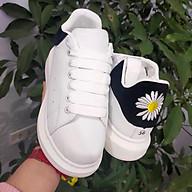 Giày Nữ Gót Thêu Hình Hoa Cúc Siêu Đẹp Dáng Giày Thể Thao Sneaker Cực Hót thumbnail