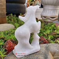 Tượng ngựa đá tuổi ngọ 12 con giáp phong thủy đá trắng 12cm đá Non Nước thumbnail