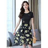 Set bộ váy dạo phối kiểu set áo thun cột eo phối chân váy xòe hoa vàng GOTI1033275 thumbnail