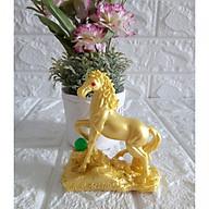 Tượng ngựa vàng đá poly nhũ vàng NVB10 thumbnail
