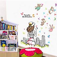 decal dán tường cô gái quay lưng thổi hoa thumbnail