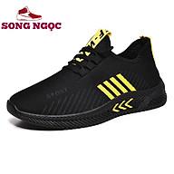 Giày Thể Thao Nam SSN35 MẦU ĐEN SỌC VÀNG chất liệu thoáng khí khử mùi hôi chân,đi chơi,tập gym thể thao thumbnail