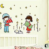 decal dán tường tình nhân hai bé ôm gối thumbnail