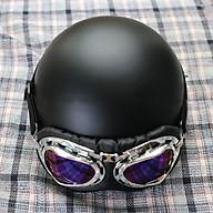 Mũ Bảo Hiểm 1 2 SRT Đen Nhám Lót Đen Trơn Kèm Kính Phi Công Xốp Ép Nhiệt - Khóa Đỏ thumbnail