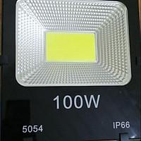 Đèn rọi biển, đèn chiếu rạp,  đèn pha 100w đủ công suất đế tản dầy dặn