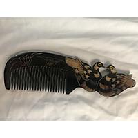 Lượt chải tóc con chim bằng sừng trâu màu đen