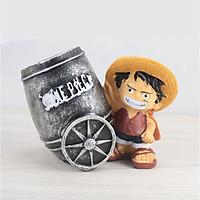 Cắm bút nhựa hình cartoon One Piece ôm xe pháo