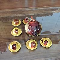Bộ bình trà gỗ cẩm lai, gồm 1 bình, 6 tách và đĩa