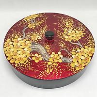 Hộp đựng mứt tròn vẽ 5 ngăn vẽ mai nền đỏ - D30 cm