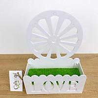Giỏ Cắm Hoa Nhựa Hình Bánh Xe Nhồi Xốp Phủ Cỏ Giả