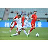 Quả Bóng Banh Đang Được Đá Giải Euro 2021