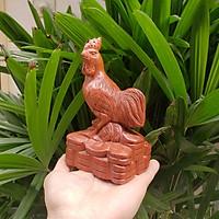 Tượng con gà gỗ hương