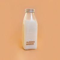 [Chỉ giao HCM] Almond Breeze Plant-based Milk - 350ml - 1000ml