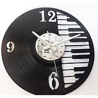 Đồng hồ treo tường bằng đĩa than nghe nhạc được khắc hình phím đàn mới lạ dùng làm trang trí , quà tặng độc đáo cho các dịp quan trọng