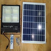 Đèn LED pha năng lượng mặt trời 100W dành cho nhà kho