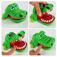 Đồ chơi cá sấu cắn tay  - Tặng 01 khuôn ép cơm