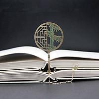 Bookmark hình quạt cổ trang mạ vàng đồng họa tiết hoa cây tre mặt dây chuyền