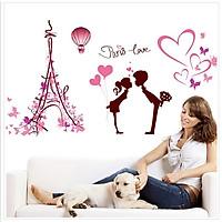 Decal dán tường trang trí phòng ngủ lãng mạn hình Couple bên tháp Eiffel - decal tình yêu DKN081 (61 x 113 cm)