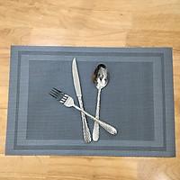 Tấm lót bàn ăn placemat kẻ viền màu xám bạc kích thước 30 x 45cm