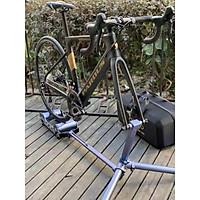 Rulo đạp xe trong nhà Rassine loại kẹp bánh trước