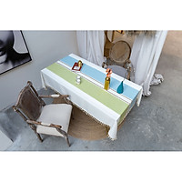 Khăn trải bàn KBCC03 MARYTEXCO chất liệu cotton thêu, đường may tinh xảo, viền tua rua sang trọng phù hợp với những không gian cao cấp, đem lại nét đẹp tinh tế cho căn phòng
