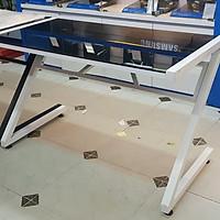 Bàn máy tính chân chữ Z kính cường lực - Trắng