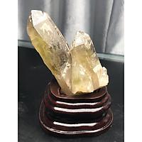 Tinh thể đá thạch anh vàng tặng kèm đế gỗ MH33