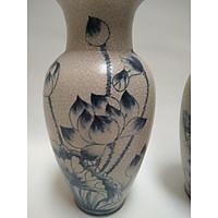 Lọ hoa vẽ sen xanh. Cao 25 cm, đường kính 39 cm.PMLH1