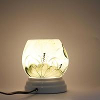 Đèn xông tinh dầu MD026 Kepha. Đèn xông tinh dầu gốm sứ bát tràng. Họa tiết lá sen, đài sen màu xanh dịu