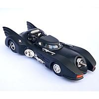 Mô hình xe oto chiến đấu Batman 13x5.5x3cm - Đen