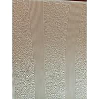 Bộ 20  tấm xốp dán tường 3D hoa văn cổ điển - 70 x 70 cm màu trắng ( tặng kèm 1 khăn tắm to màu ngẫu nhiên )