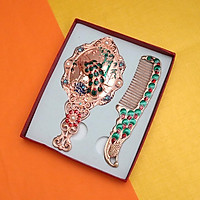 Bộ gương lược cầm tay trang điểm bỏ túi khắc hình con công sang trọng, bắt mắt kèm hộp đẹp