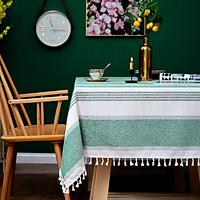 Khăn trải bàn KBCC12 Mary Decor chất liệu cotton thêu, đường may tinh xảo, viền tua rua sang trọng phù hợp với những không gian cao cấp, đem lại nét đẹp tinh tế cho căn phòng